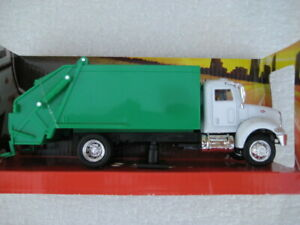 Peterbilt 335 Garbage Trash Truck Diecast Model 1/43 Scale - New Ray 15533