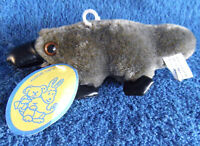 *1823*  Australian Platypus - 15cm - tag -  plush toy
