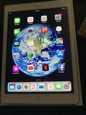 Apple iPad Air 1st Gen. 32GB, Wi-Fi, 9.7in - Silver (CA)