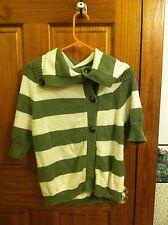 Hollister Sweater Sz Med Jr. Green & Cream. Short sleeve