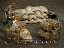 """""""RETIRED"""" Build-a-Rama 1:32 Hand Painted WWII Food Supply Set (3)"""