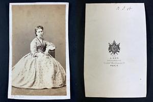 Ken, Paris, Portrait de femme Vintage cdv albumen print Tirage albuminé  6,5