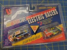 Life Like 9779 Nascar Electric Racers #16 They Family Channel / #24 Dupont