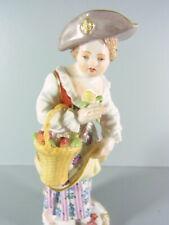 Meissen - Gärtnerkind aus Meissner Porzellan - Mädchen mit Obstkorb