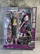 2015 Welcome to Monster High 2 Pk 11 Inch Doll Set DRACULAURA & MOANICA D'KAY