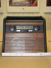Mittelkonsole Radiokonsole mit Autoradio Blaupunkt Ludwigshafen und Lautsprecher