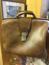 vtg faux tan leather overnight bag briefcase style doctors bag