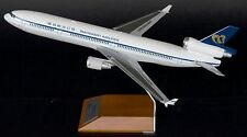 JC WINGS JC2338 1/200 MANDARIN MD-11 B-152 WITH STAND
