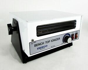 DESCO - 19500, Bench Top Self Balancing Ionizer - 120 VAC / 3A