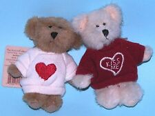 """Boyds Bears plush 4 in. jointed bear set """"Kiss Me"""" Valentine romance love hearts"""