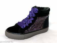 """Clarks """"BRILL RUN """" girls black suede  boots size 10.5F.New"""