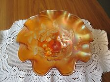 VINTAGE RETRO 3 LEGGED CARNIVAL GLASS FRUIT BOWL WITH CHERRY PATTERN
