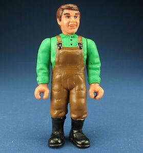 SCHLEICH 13400 -- Bauer - grünes Hemd - braune Hose - Farmer - Menschliche Figur