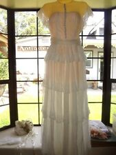 Vintage Victorian Sheer Ivory Lace Beach Garden Wedding Dress