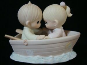 Precious Moments-Couple In Rowboat-Friends Never Drift Apart-Retired 2000