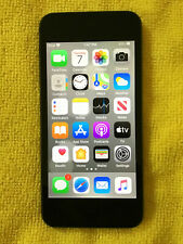 New ListingApple iPod Touch (7th Generation) - Space Gray, 32Gb bundle Very Good