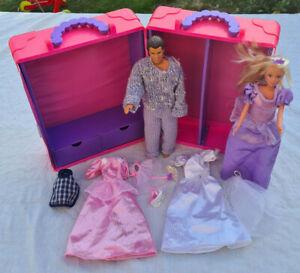 Vintage Barbie Deluxe Doll Trunk Wardrobe Carrycase Barbie & Ken Dolls & Cloths