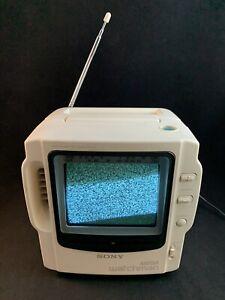 Sony Mega Watchman FD-525 B&W TV AM/FM Tuner