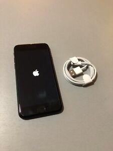 iPhone 7 32go - noir - Totalement d'origine - Batterie Min 90%