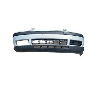 Stoßstange Frontstoßstange vorne Silber LA7W VW Golf IV