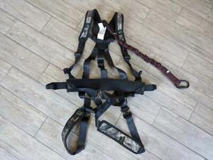 unused NEW hunting harness GORILLA camouflage FALL PROTECTION tree stand saftey