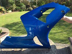 KAWASAKI ZX636-B1/H R/HAND LOWER FAIRING BLUE PART NO: 55028-1455 VERY GOOD CON