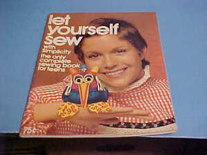 1971 SIMPLICITY PATTERNS BOOK LET YOURSELF SEW COMPLETE SEWING BOOK FOR TEENS