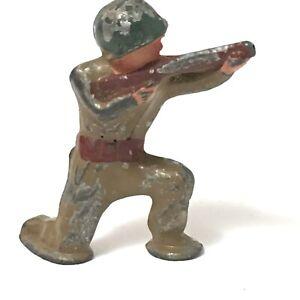 Vintage BARCLAY Toy WW II, US ARMY Rifleman, Tan, Pod Foot, Cast Metal Soldier