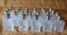 LOT 23 ETCHED MINI GLASS CUBE SALT PEPPER SHAKERS RESTAURANT WEDDING PARTY CHEF