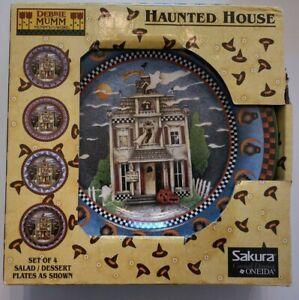 Debbie Mumm Haunted House Halloween Plates Set of 4 Sakura New in box