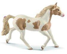 - SHL13884 - Figurine de l'univers des chevaux - Jument paint Horse -