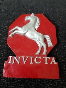 Invicta Vintage Wooden Plaque/Crest - 23x16cm - Ready to Hang - Good Condition