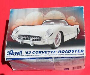 Revell '53 Corvette Roadster, model car kit, 2006