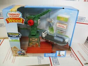 THOMAS & FRIENDS WOOD CRANKY AT THE DOCKS 9 PLAY PIECES NEW FAST / FREE SHIPPING