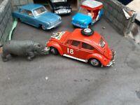 CORGI SAFARI VW BEETLE & RHINO
