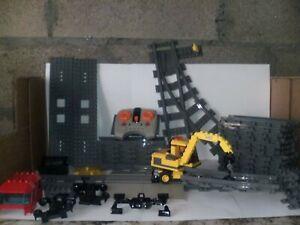 Lot LEGO Train rails courbes et droits et autres