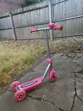 Razor Jr. Lil' Kick Scooter Age 3+ Pink Sweet Pea 3-Wheels