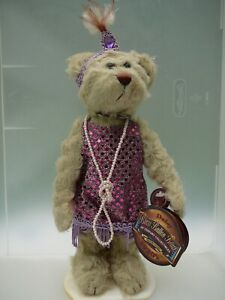 """Brass Button Bear """"Daisy""""20th Century Collection Pickford Bears Stand"""