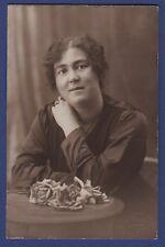 J* Carte postale ancienne CPA / PHOTO (Portrait de femme)