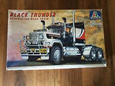 Italeri No. 727 Black Thunder Australian Road Train 1:24 NEU