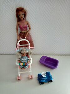 Barbie Puppe rothaarig / rote Haare mit Kind, Kinderwagen, Badewanne, Bobby-Car