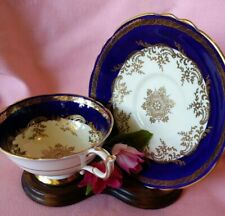 Vintage Parragon Queen Blue & Gold Footed Bone China Tea Cup & Saucer Set