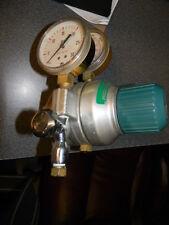 Air Products 2280 NIT Welding Gas Regulator, 0-30 PSI, 0- 4000 PSI Gauge