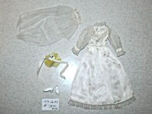 Barbie:  NICE Vintage 1974 GUAG #7839 BRIDE Outfit!
