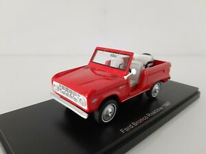 NEO 1/43. Ford Bronco Roadster.
