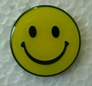 Smiley face pin badge. Brand new. Yellow smiling face. Metal Happy No masks