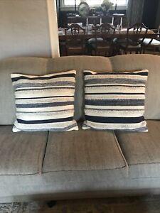 MAGNOLIA HOME FARMS 22x22 Navy Blue Sofa pillows. Beautiful Set