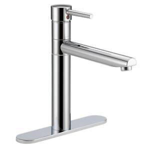 Delta Trinsic Single-Handle Standard Kitchen Faucet in Chrome 1158LF