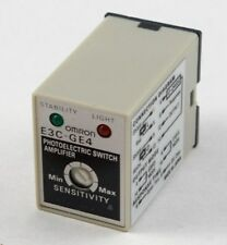 Omron E3C-GE4 photo electric amplifier NEW