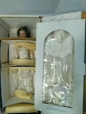The Danbury Mint America's First Lady Nancy Reagan Doll In Inaugural Ball Outfit